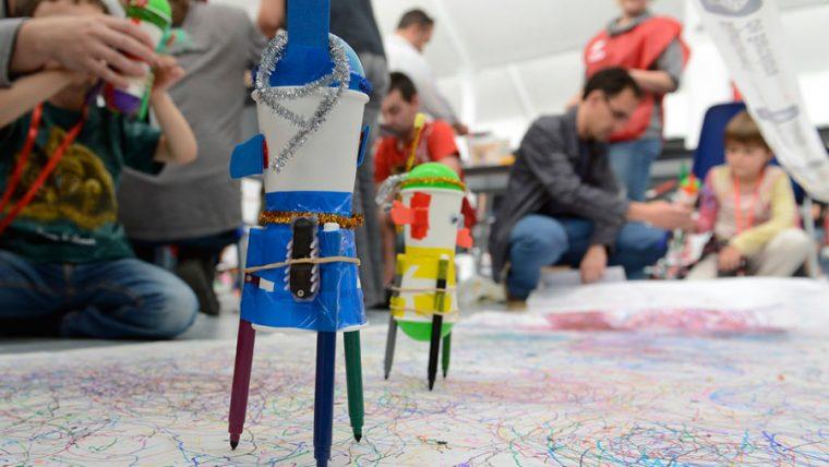 robots-pintores1-760x428